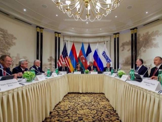 عالمی ثالثوں میں فرانس، امریکا اور روس کے ارکان شامل ہیں، فوٹو : رائٹرز