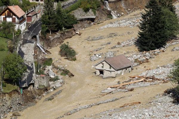 France Italy flood 2