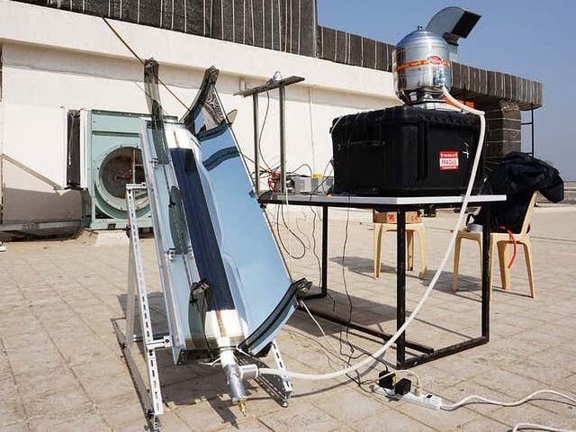 امریکی ماہرین کا تیارکردہ شمسی نظام تربیتی تھیٹر کے آلات کو صاف کرنے والی والی حرارت اور دباؤ میں صرف دس منٹ میں رجسٹریشن ہے۔  فوٹو: نیوسائنٹسٹ