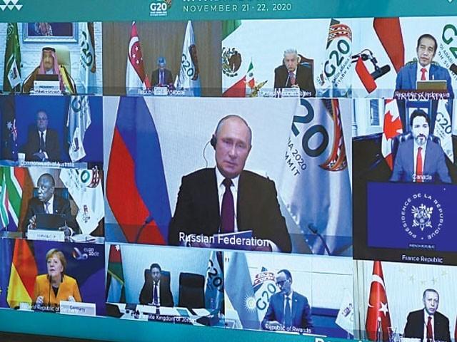یہ پیشکش جی-20 سمٹ کے ورچوئل اجلاس میں آن لائن خطاب کے دوران کی، فوٹو : روسی میڈیا