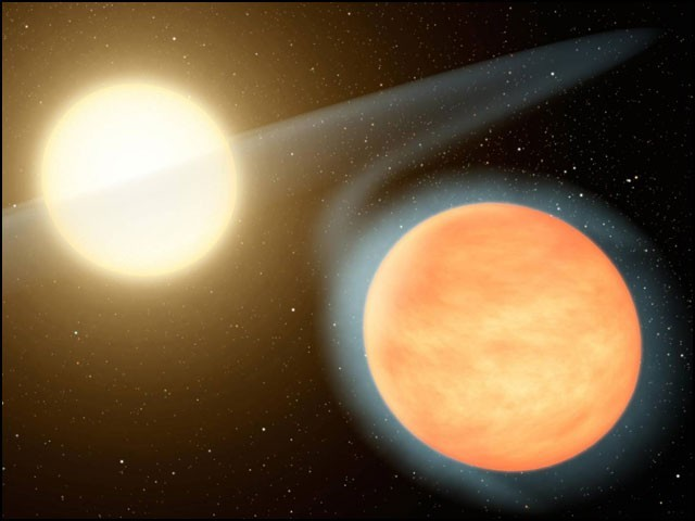 واسپ 12 بی کہلانے والے اس سیارے کو ''گرم مشتری'' قسم کے سیاروں میں بھی شمار کیا جاتا ہے۔ (فوٹو: انٹرنیٹ)