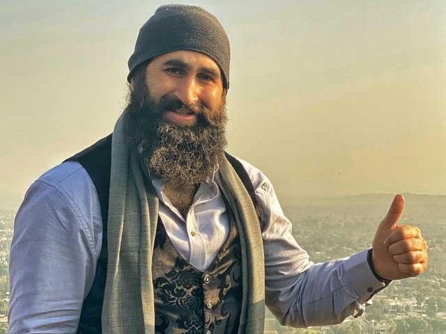 آپ کے بہن بھائی ترک آپ کو سلام پیش کرنے کے ساتھ ساتھ آپ کے لیے دعا گو ہیں، جلال آل کا پیغام فوٹوانسٹاگرام
