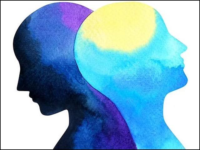 تمام واقعات کو بھلا کر ہم بڑی پشیمانی سے کہتے ہیں کہ ہمیں بھولنے کی بیماری ہے۔ (فوٹو: انٹرنیٹ)
