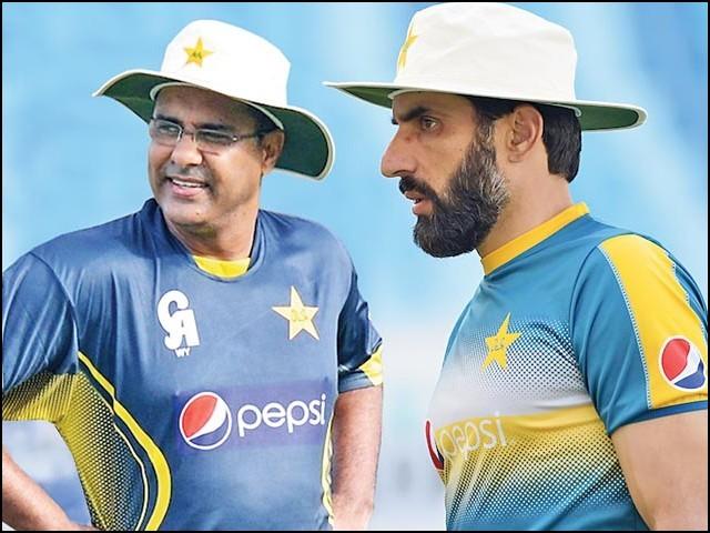 پاکستانی کرکٹ ٹیم کی مسلسل ناکامی میں مینجمنٹ کو مکمل بری الذمہ قرار نہیں دیا جاسکتا۔ (فوٹو: فائل)