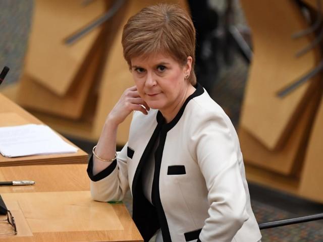 پارلیمنٹ کی 129 نشستوں میں سے 71 نشستوں پر اسکاٹش نیشنل پارٹی کے کامیاب ہونے کی پیشن گوئی۔ فوٹو : فائل