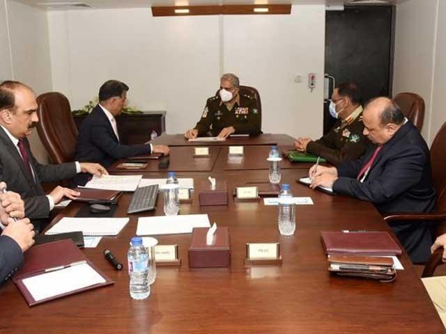 آرمی چیف نے آئی ایس آئی کی پیشہ وارانہ تیاریوں پر اطمینان کا اظہار کیا(فوٹو، آئی ایس پی آر)