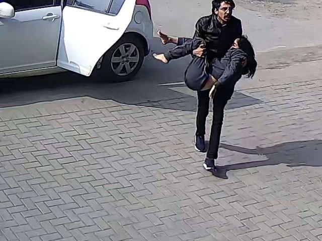 پولیس نے لڑکی کو ہسپتال لانے والا دوسرا ملزم بھی گرفتار کرلیا