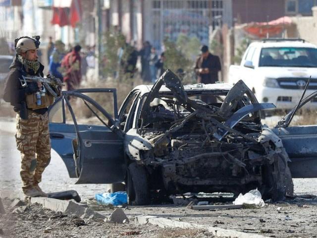 وفاقی وزیر ، خفیہ ایجنسی کے افسروں کی گاڑیوں کو نشانہ بنایا گیا ، فوٹو: فائل