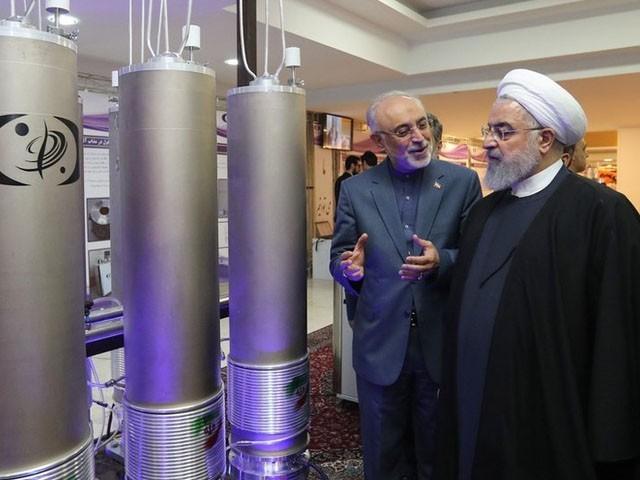 امریکی صدر کے معاہدے علیحدگی کے بعد ایران نے یوریینیئم دھات کی تیاری شروع کردی تھی ، فوٹو: فائل