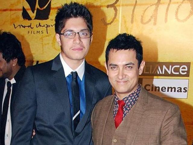 عامرخان کے بیٹے جنید خان ایک تھیٹر آرٹسٹ ہیں۔  فوٹو: فائل