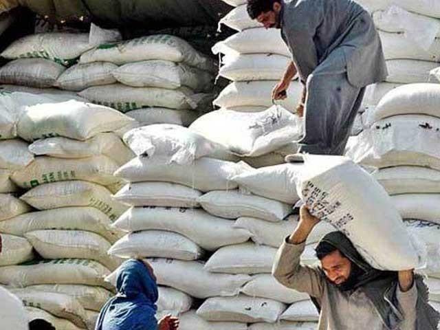 رواں سال مجموعی طور پر 25 لاکھ میٹرک ٹن گندم درآمد کی جائے گی، ریاض میمن۔ فوٹو:فائل