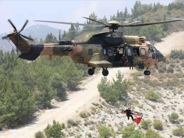 ہیلی کاپٹر کرد صوبے میں گر کر تباہ ہوا۔ (فوٹو، فائل)
