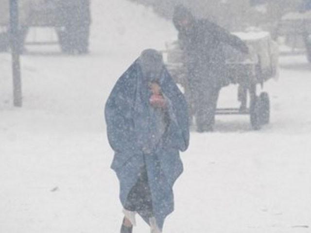 بدخشاں میں برفباری کا سلسلہ بھی جاری ہے، فوٹو : اے ایف پی