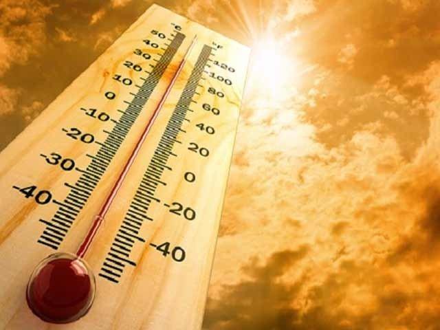 شہرکا زیادہ سے زیادہ پارہ 38.3 ڈگری ریکارڈ ہوا۔ فوٹو: فائل)