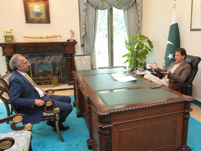حفیظ شیخ 11 جون کے  بعد بطور مشیر خزانہ ذمہ داریاں نبھاتے رہیں گے۔ فوٹو:سوشل  میڈیا