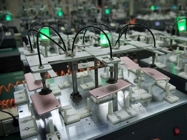 چینی کمپنی کراچی، لاہور اور فیصل آباد میں موبائل پلانٹ لگائے گی، فوٹو : فائل