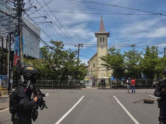 گرجا گھر میں داخل ہونے سے روکنے پر حملہ آورون نے خود کو دھماکے سے اڑالیا، پولیس۔ فوٹو : اے ایف پی