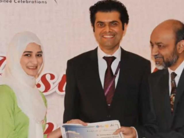 ڈاکٹر سنیعہ چاہتی ہیں کہ وہ دیگر ڈاکٹرز کو بھی اس شعبے میں تربیت دیں، فوٹو بشکریہ انڈیپینڈنٹ اردو