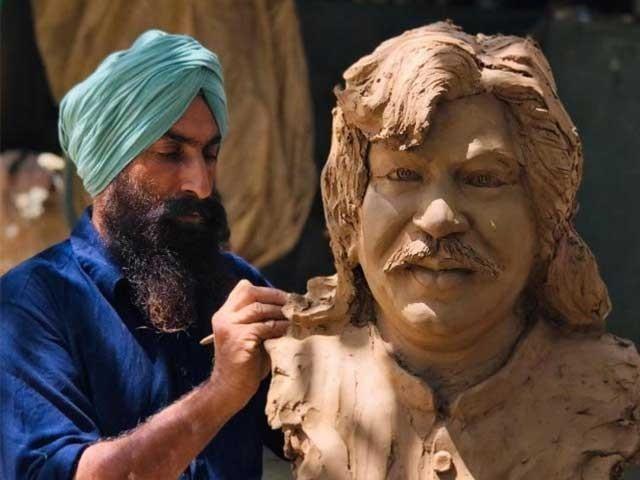 مجسمے کو جلد بھارتی پنجاب کی کسی شاہراہ پر نصب کیا جائے گا . فوٹو : فائل