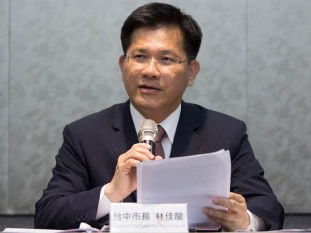 ٹرانسپورٹ وزیر نے آج اپنا استعفیٰ پیش کردیا، فوٹو: اے ایف پی
