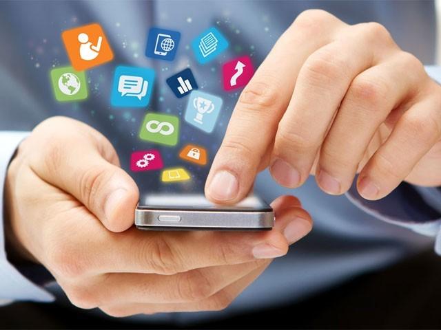 مستقل نوٹیفیکیشن، اسکرین کی روشنی کم زیادہ ہونا اور  مطلوبہ ایپلی کیشن کی تلاش صارف کودق کردیتی ہے۔