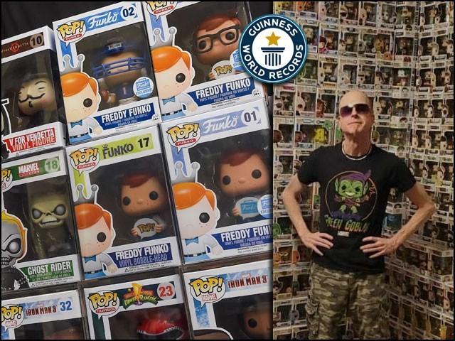 ڈیوڈ میبین نامی یہ شخص اب تک ''فنکو پاپ!'' کے 8 ہزار سے زائد کھلونے جمع کرچکا ہے۔ (فوٹو: گنیز ورلڈ ریکارڈ)