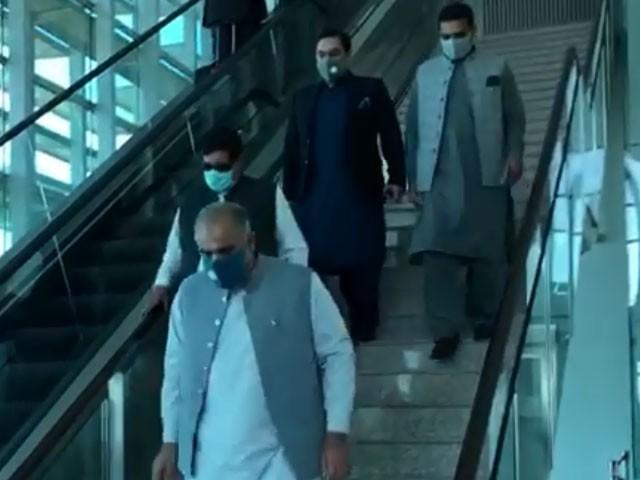 سیکیورٹی وجوہات کی بنا پر کابل انٹرنیشنل ائیرپورٹ بند ہے، ذرائع۔ فوٹو:اسکرین گریپ