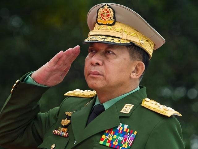 مظاہرین پر فوجی کیپٹن کے ساتھی کو ہلاک کرنے کا الزام تھا، فوٹو: فائل