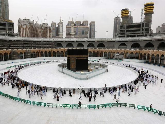 زائرین کو اعتکاف اور افطار کی اجازت نہیں ہوگی، سعودی میڈیا (فوٹو : فائل)