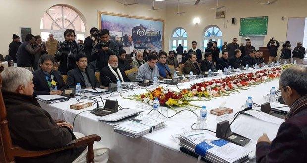 نئے وزرا میں عاطف خان ،فضل شکور، فیصل امین گنڈاپور اور شکیل خان شامل فوٹو:فائل