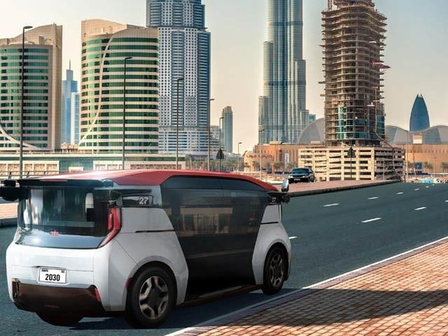 کروز کمپنی نے 2023 میں دبئی میں خودکار ٹیکسیاں چلانے کا اعلان کیا ہے۔ فوٹو: فوربس ویب سائٹ