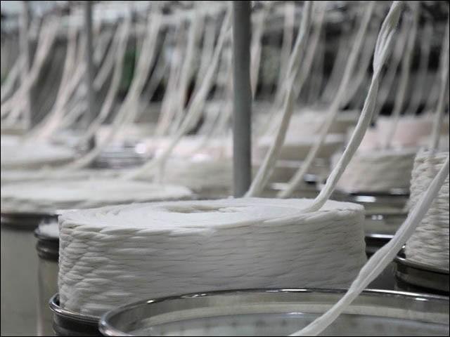 کروناوائرس کے باعث پیداہونے والے سنگین معاشی بحرانوں سے ملک کونکالنے کیلیے حکومت کومزیداقدامات کرنیکی ضرورت ہے،صنعتکار (فوٹو : فائل)