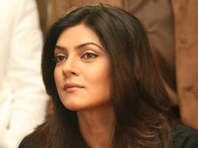 Mumbai Ki Bijaae Delhi Mein... Indian Actress Ki Tankeed