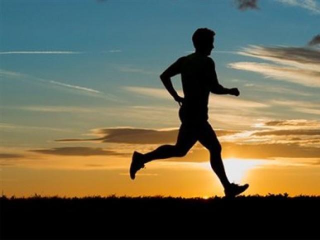 جدید تحقیق نے ورزش میں مزید سات حیرت انگیز فوائد کا اضافہ کردیا ہے۔ فوٹو: فائل