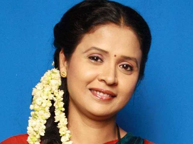 اداکارہ ابھی لاشا بالی ووڈ کے علاوہ کئی مراٹھی فلموں میں بھی کام کرچکی تھیں فوٹوبھارتی میڈیا