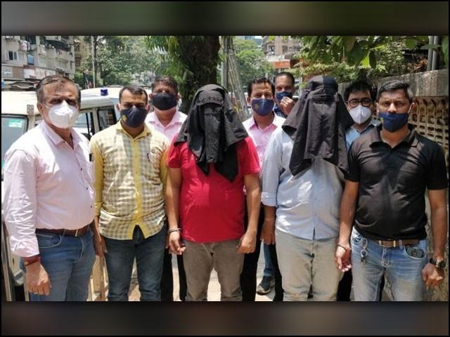 مہاراشٹرا پولیس نے چند روز قبل اسٹنگ آپریشن میں جگر پانڈیا اور ابوطاہر نامی دو اسمگلروں کو گرفتار کیا تھا۔ (فوٹو: ہندوستان ٹائمز)