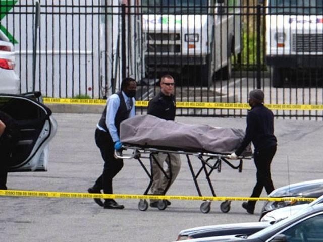 پولیس کی جوابی فائرنگ میں حملہ آور بھی مارا گیا، فوٹو: فائل
