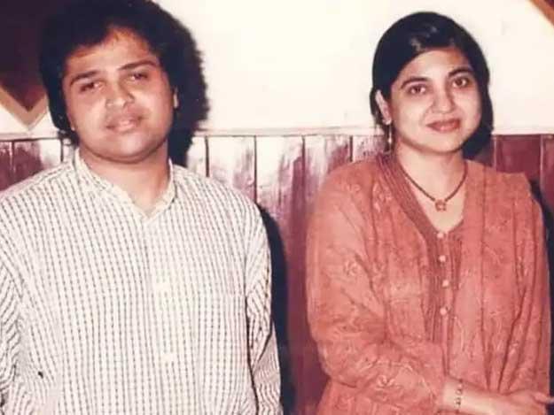 بھارتی گلوکار ہمیش ریشمیا کیبرسوں پرانی تصویر وائرل، پہچاننا ناممکن thumbnail