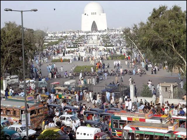 سندھ کے بجٹ میں کراچی کی میگا اسکیمز کے لیے 24 ارب روپے مختص کرنے کی تجویز ہے (فوٹو: فائل)