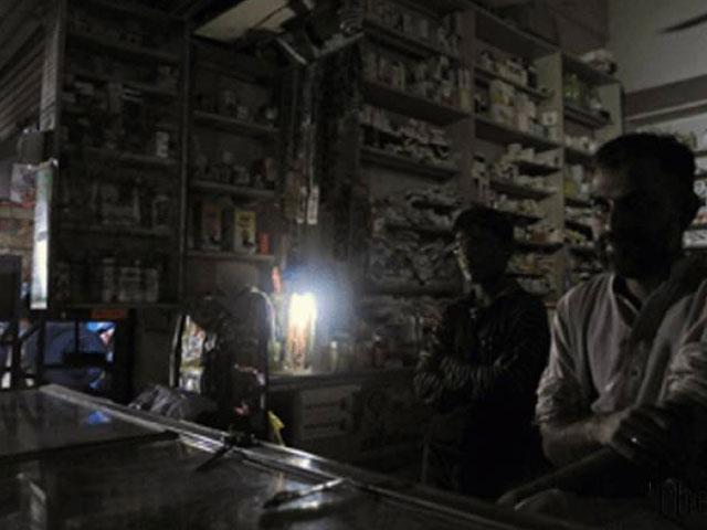 ملک میں بجلی کا شدید بحران، شارٹ فال 5000 میگا واٹ ہوگیا