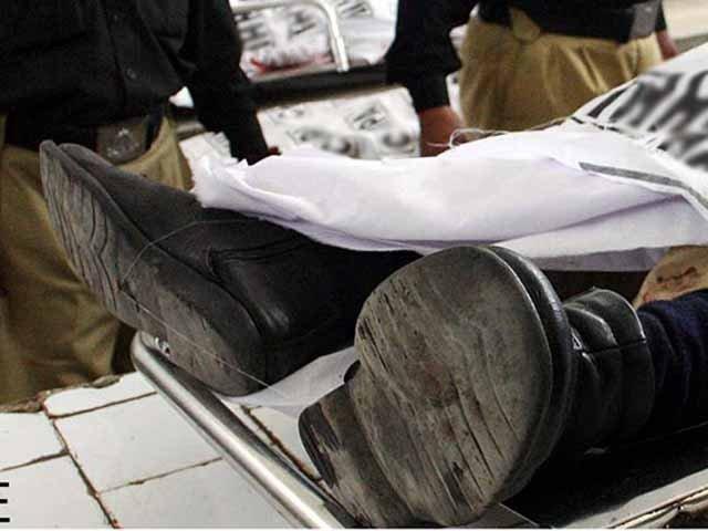 شہید پولیس اہلکاروں میں سید رضا علی شاہ اور شاکر شامل ہیں۔۔ فوٹو: فائل