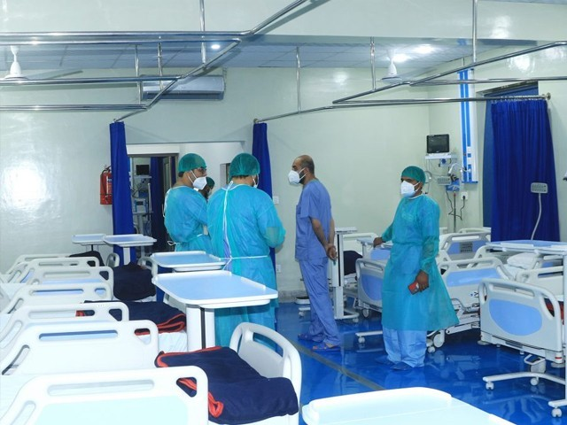 لیڈی ریڈنگ اسپتال، خیبر ٹیچنگ اسپتال و حیات آباد میڈیکل کمپلیکس میں صرف 35 مریض وینٹیلٹرز پر ہیں
