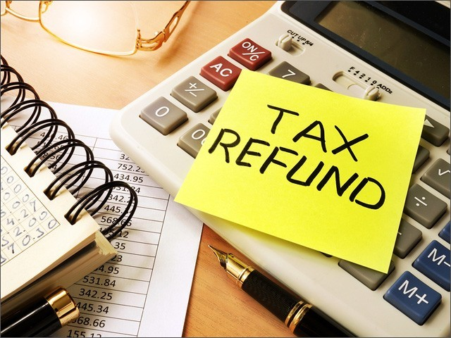 تاخیر کی صورت میں ایف بی آر کو زیر التواء ریفنڈ کی رقم پر ٹیکس دہندگان کو کائبور کے برابر منافع فراہم کرنا ہوگا (فوٹو : فائل)