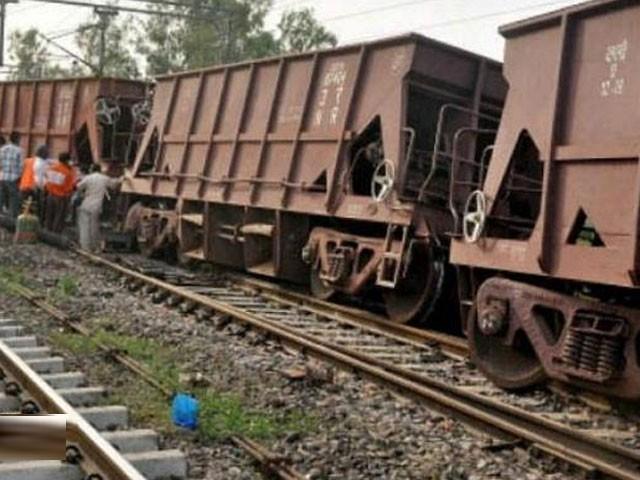 پاک ایران ریلوے ٹریک کی بحالی کاکام جلد شروع کیا جائے گا، ریلوے حکام۔ فوٹو:فائل