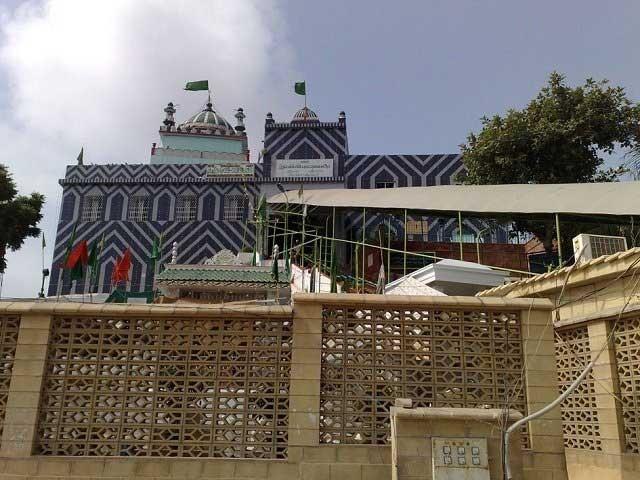 کراچی میں کورونا مثبت کیسز کی شرح 8.08 اور حیدرآباد میں 4.3 فیصد ہے، کورونا ٹاسک فورس سندھ فوٹو: فائل