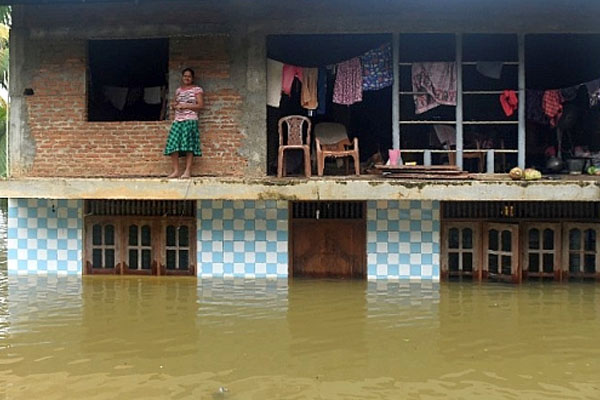 Srilanka flood killed 14 2