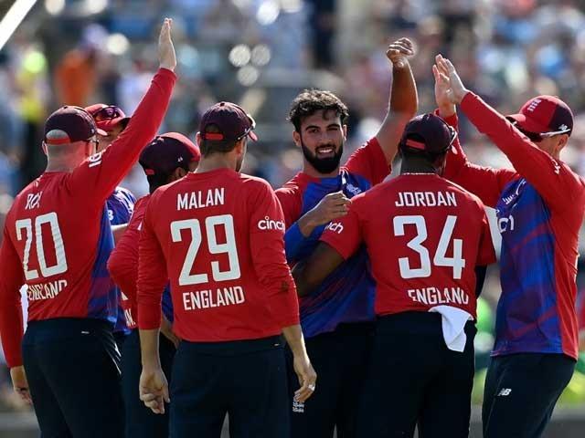 انگلینڈ نے پاکستان ٹیم کو جیت کے لیے 201 رنز کا ہدف دیا تھا (فائل فوٹو)