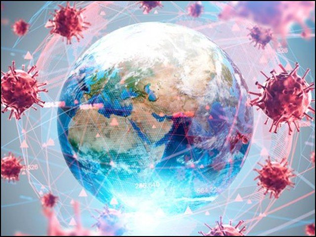 کورونا کی نت نئی اقسام کے وجود میں آنے کا واحد سبب حیاتیاتی ارتقا ہے۔ (فوٹو: فائل)