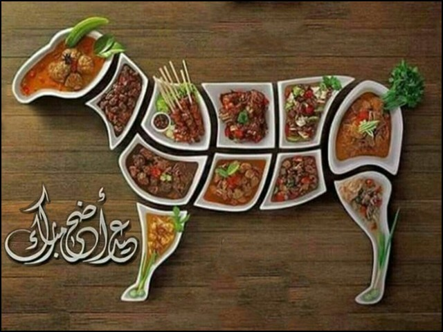 عید مبارک لیکن گوشت کی بسیار خوری اور بچا کر فریج میں رکھنے سے گریز کیجئے۔ (فوٹو: فائل)