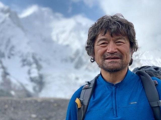 کم ہانگ بن دنیا کی 14 بلند ترین چوٹیاں سر کرنے والے  پہلے معذور کوہ پیما ہیں، فوٹو: فائل